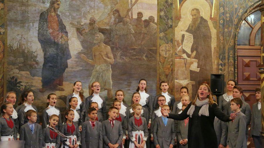 Детская хоровая школа Киево-Печерской Лавры «LITANNA»(λιταννα)